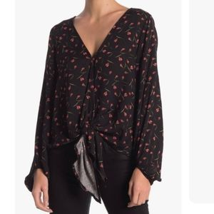 Love Stitch Floral tie front Blouse S NWT